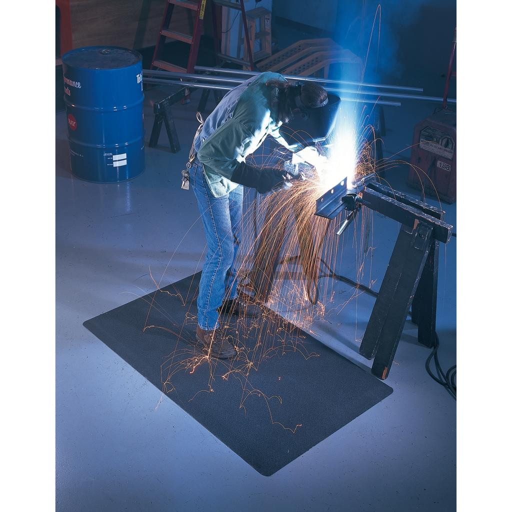 tapis anti fatigue pour poste de soudure weldsafe 447. Black Bedroom Furniture Sets. Home Design Ideas