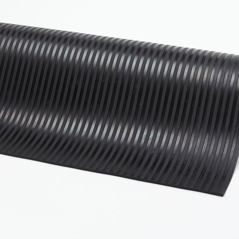 tapis caoutchouc stries canneles 752753 ribn - Tapis Caoutchouc